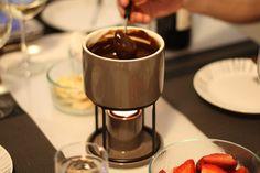 Lindt Chocolate fondue @Lindt_Chocolate #LindtTruffles @Influenster @InfluensterVox #Influenster #RoseVoxBox