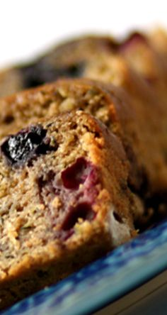 Blueberry Zucchini Bread | gimmesomeoven.com