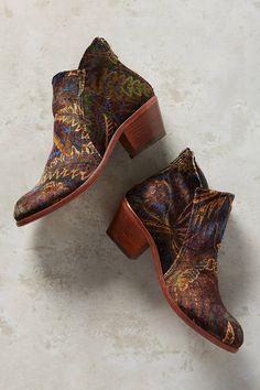 Boho velvet boots