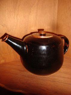 Len Castle Pottery: Tea Pot Kettle, Tea Pots, Lens, Kitchen Appliances, Pottery, Tableware, Diy Kitchen Appliances, Ceramica, Tea Pot