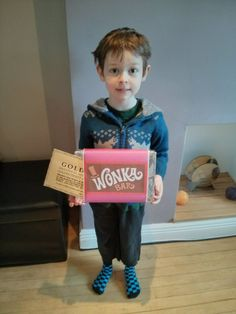 Charlie Bucket from Charlie and the Chocolate Factory | World Book ...