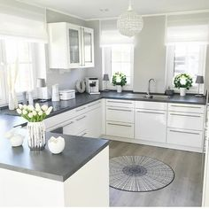 Minimal and lovely kitchen design. 😊 Are you ready to build your own dream kitchen? Home Art Tile crew is more than happy to help. Kitchen Room Design, Modern Kitchen Design, Home Decor Kitchen, Interior Design Kitchen, Kitchen Furniture, Home Kitchens, Marble Interior, Grey Home Decor, Diy Kitchen
