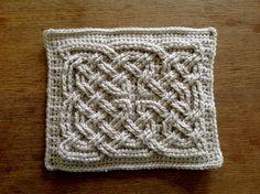 Suvi's Crochet: Book of Kells - Celtic Square Knot