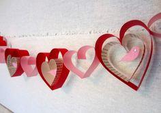 Como fazer guirlanda de corações