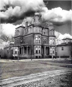 Home of William Butler at 185 Lafayette Detroit by DigitalTraveler