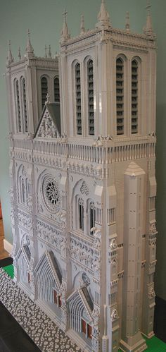 Notre-Dame des Prairies | by apelcatrox Chateau Lego, French Cathedrals, French Gothic Architecture, Lego Village, Amazing Lego Creations, Lego Christmas, Brick In The Wall, Lego For Kids, Lego Castle