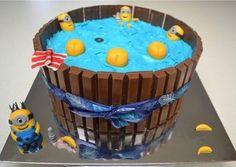 Minions in the hot tub. I had fun making it. Cupcakes Design, Cake Stuff, Minions, Fondant, Tub, Cake Decorating, Have Fun, Decoration, Desserts