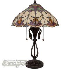 Tiffany Tafellamp Victorian Diamond  Een bijzonder mooie nostalgische tafellamp. Helemaal met de hand gemaakt van echt Tiffanyglas. Dit originele glas zorgt voor de warme uitstraling. Met bronskleurige voet. Met 2x grote fitting (E27) Max 60 Watt. Met 2 schakelaars aan de kap. Afmetingen: Hoogte: 58 cm Breedte: 51 cm Diepte: 51 cm
