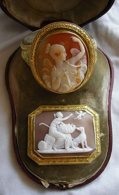 Style Antique Cameos: old fashion love