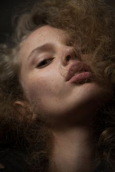 Oyster Beauty: 'Rossetti' Shot By Omar Macchiavelli oystermag.com