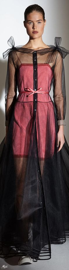 Spring 2021 RTW Alexis Mabille Alexis Mabille, Fashion 2020, High Fashion, Womens Fashion, Lanvin, Fashion Updates, Fashion Trends, Glamour, Classic Style Women