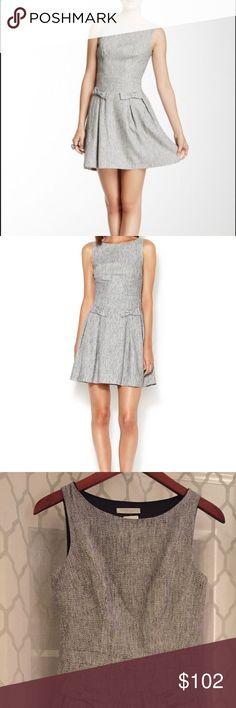 Paper Crown Grain Bow Dress Popular grey dress with grain detail design. Size Small Paper Crown Dresses Mini