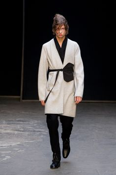 Lee Roach was first up on day two of London Collections: Men, giving us a whole lot more than just your average runway show. #lcm #leeroach #aw15 #menswear