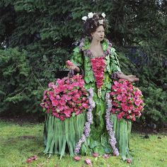 Camellia Countessa Dress made of leaves and flowers from my garden. From the series Weedrobes, which questions our relationship to nature through fashion. http://www.nicoledextras.com/ephemeralart/weeds/01.html