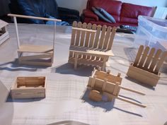 trendy cool diy for teens art Popsicle Stick Crafts, Craft Stick Crafts, Diy And Crafts, Popsicle Sticks, Arts And Crafts For Teens, Diy For Teens, Miniature Fairy Gardens, Miniature Dolls, Miniature Houses