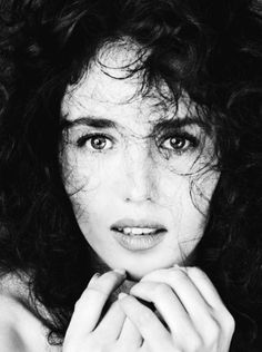 Isabelle Adjani by Richard Avedon.