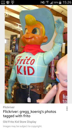 Kids Store Display, Lays Potato Chips, Frito Lay, Pepsi, Snack Recipes, Foods, Disney, Fun, Vintage