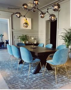 9 Exciting Tips AND Tricks: Dining Furniture Ideas Apartment Therapy rustic dining furniture brick walls.Contemporary Dining Furniture Home dining furniture buffet living rooms. Home Room Design, Dining Room Design, Home Interior Design, Outdoor Dining Furniture, Dining Table, Luxury Dining Room, Dining Room Inspiration, House Rooms, Living Room Decor