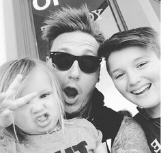 Jacoby Shaddix and his kids.