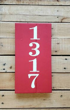 ADDRESS PLAQUE House Number Sign, Chalk Paint, Porch, Vertical, Reclaimed Wood, Street Number, Farmhouse, Rustic, Personalized, Realtor Gift Address Plaque, Address Signs, Pallet House, Realtor Gifts, House Numbers, Wood Pallets, Chalk Paint, Paint Colors, Porch