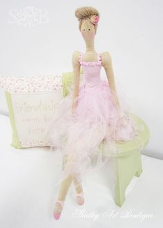 Shabby Art Boutique: Tilda Addict.....(a lovely ballerina! i LOVE her hairstyle!!)....