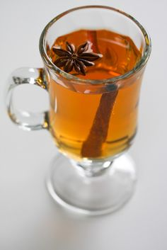 Food n' Focus – Mulled Apple Cider....it's just missing some booze!!  I'll take care of that.