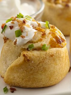 Here's the 2013 MILLION DOLLAR PILLSBURY BAKE-OFF WINNING RECIPE, which is an awesome Super Bowl appetizer recipe! > Loaded Potato Pinwheels