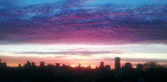 Amanecer sobre Montevideo