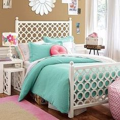 @Misty Schroeder Nollner Smith what about this for my room? or is it still too teenager-ish?
