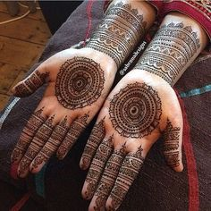 Hina, hina or of any other mehandi designs you want to for your or any other all designs you can see on this page. modern, and mehndi designs Henna Hand Designs, Mehandi Designs, Round Mehndi Design, Mehndi Designs Finger, Palm Mehndi Design, Indian Mehndi Designs, Mehndi Designs For Beginners, Unique Mehndi Designs, Mehndi Designs For Fingers