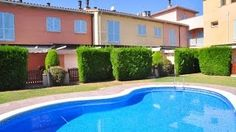Holidays in Cambrils very close to the beach in resort Tarongers. Visite our personal website:   http://www.litoralcostadorada.com