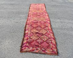 Welcome to Turkish Rug Star by turkishrugstar on Etsy Small Area Rugs, Patio Rugs, Aztec Rug, Types Of Rugs, Rustic Rugs, Kilim Rugs, Oushak Rugs, Pink Rug, Floor Rugs