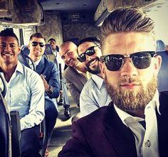 Look at them Hot Baseball Players, Baseball Guys, Nationals Baseball, Football, Bryce Harper Haircut, Medium Beard Styles, Beard Game, Celebrity Haircuts, Rugby Men