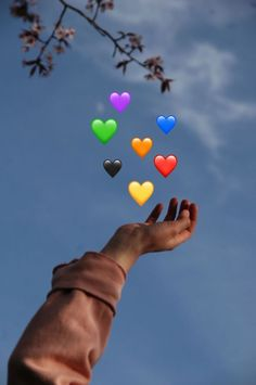 Send me Hearts ❤️❤️ Cute Emoji Wallpaper, Wallpaper Quotes, Photos Tumblr, Aesthetic Photo, Aesthetic Pictures, Photo Post Bad, Photo Swag, Emoji Photo, Emoji Pictures