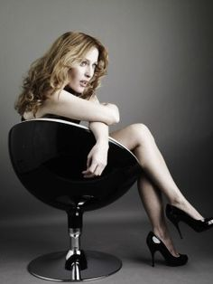 Gillian Anderson. Holy Hades! What a sexy woman!