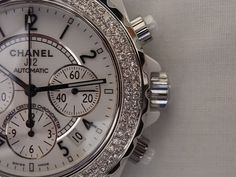 I want this watch!! (Chanel)