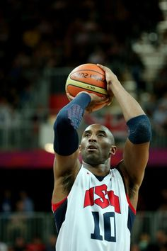 Who will be on the Basketball team representing the USA? Team Usa Basketball, Basketball Pictures, Basketball Shooting, Basketball Hoop, Kobe Bryant 8, Kobe Bryant Family, Kobe Mamba, Vanessa Bryant, Kobe Bryant Black Mamba
