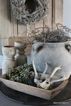 Living with earth tones. Sober Living, Home And Living, Rustic Interiors, Wabi Sabi, E Design, Interior Inspiration, Home Accessories, Interior Decorating, Sweet Home