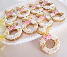 Paris Bridal Shower, Bridal Shower Prizes, Blush Bridal Showers, Engagement Cupcakes, Engagement Party Favors, Engagement Decorations, Wedding Favor Labels, Wedding Favors, Last Minute Wedding Gifts