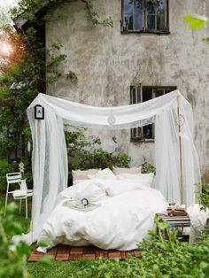 White outdoor bed via IKEA Ikea Outdoor, Outdoor Spaces, Outdoor Living, Outdoor Decor, Outdoor Bedroom, Ikea Exterior, Ikea Ps, Linen Duvet, Bedroom Bed