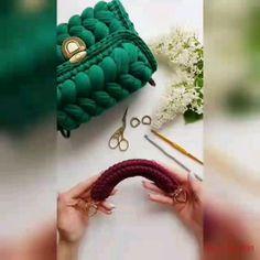 팔로워 5,639명, 팔로잉 855명, 게시물 486개 - Елена(@pryazha_myata_kz)님의 Instagram 사진 및 동영상 보기 Bracelets, Crochet Clutch Bags, Tricot, Knits, Hampers, Trapillo, Bangles, Bracelet