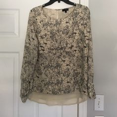 Worn 2 times The limited blouse. Excellent condition only worn one time. The Limited Tops Blouses