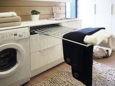 Pyykinpesupaikka, kuraeteinen vai saunan porstua? Käytännöllisenkin tilan on lupa olla sekä toimiva että viihtyisä.