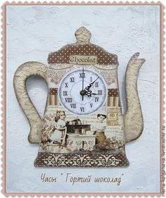Russian decoupage Decoupage, Mod Podge Crafts, Tabletop Clocks, 3d Craft, Diy Clock, Wood Blocks, Wooden Boxes, Painting On Wood, Crafts To Make