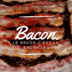 Bacon. Le bacon c'est la vie. Bacon is life. La meilleure recette de bacon jam confiture ever. #bacon #baconlover #cuisine #recettes #kitchen #recipes #baconeverywhere #baconjam #confiture #jam #what Desserts, Marmalade, Life, Recipes, Kitchens, Tailgate Desserts, Deserts, Dessert, Food Deserts