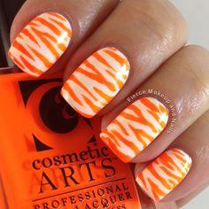 Fierce Makeup and Nails orange nail art Tiger Nail Art, Tiger Nails, Fancy Nails, Cute Nails, Pretty Nails, Orange Nail Art, Orange Nails, Tennessee Nails, Tennessee Football