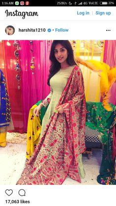 Fashion Terminology, Indian Beauty, The Dreamers, Fangirl, Sari, Sadda Haq, Beautiful, Instagram, Saree