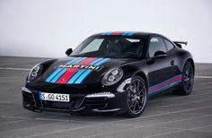 Da war man ja mal richtig faul-kreativ bei Porsche... Kurz vor Le Mans gibt es eine auf 80 Exemplare limitierte Martini Racing Sonderedition. #porsche #911 #carreras # speed# langstreckenrenn