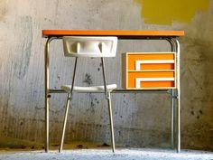 vintage 1970s office