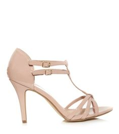 Explore New Look's collection of chic women's high heel shoes and find your favourites from classic closed and peep toe shoes. Party Fashion, Teen Fashion, Diamante Shoes, Shoe Gallery, Your Shoes, Shoe Game, Me Too Shoes, New Look, Open Toe